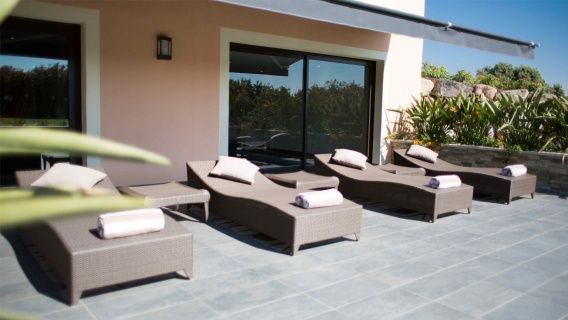 le daya spa espace d tente roquebrune sur argens le daya. Black Bedroom Furniture Sets. Home Design Ideas